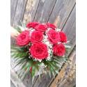 Comanda online un buchet de 9 trandafiri rosii