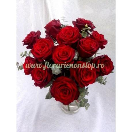 Comanda online nonstop buchet 13 trandafiri