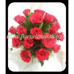 Buchet de 23 de trandafiri rosii