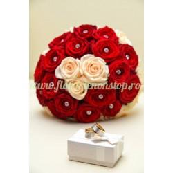 Buchet mireasa trandafiri albi si rosii