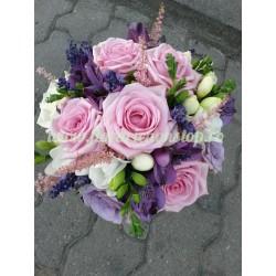 Buchet pink love  frezii trandafiri lavanda