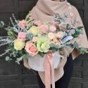 Cutie cu trandafiri roz pastel