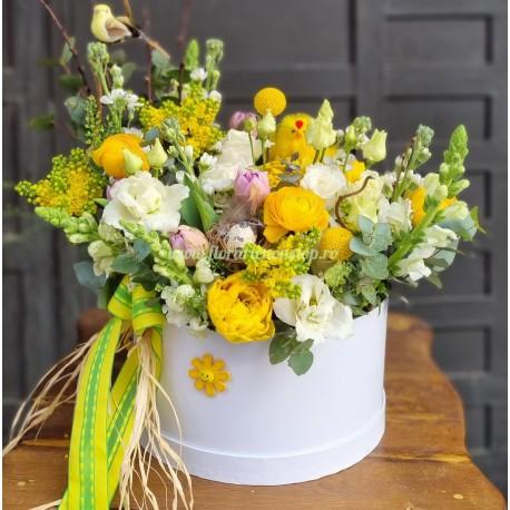 Aranjament floral de Paste
