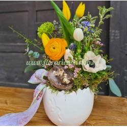 Flori naturale pentru masa de Pasti