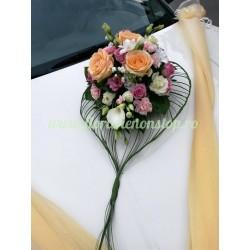 Aranjament floral masina mirilor