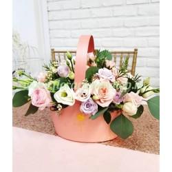 Aranjament floral in cosulet